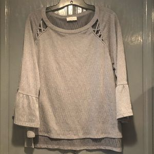 Lucky Brand Gray Top Bell Sleeves